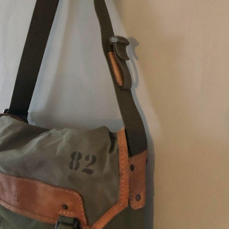 Canvas Shoulderbag - Laptop