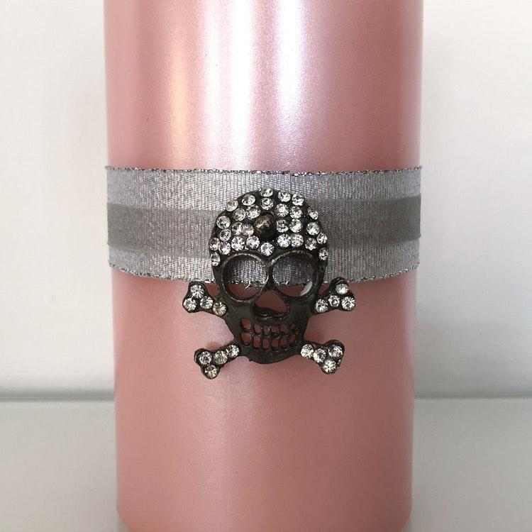Metalliclackat rosa ljus inkl dekoration