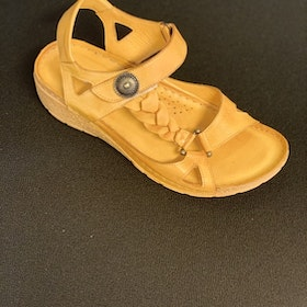 Charlotte of sweden sandal