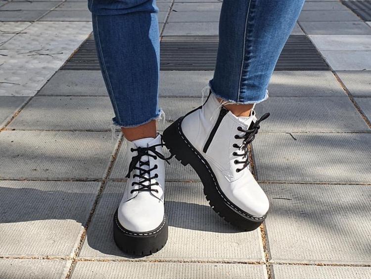 Rosa negra Lace+zip Boot