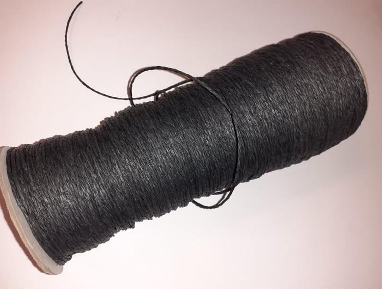 Papperssnöre, 1,2mm x 1 meter, svart
