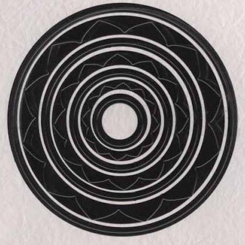 Nellie Snellen Dies  - circle mfd011