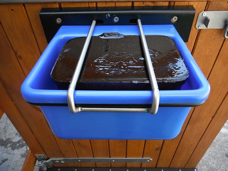 Horselyx veggstativ holder for 5 kg