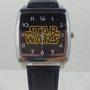 Star Wars klocka med analoga visare