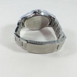 Damklocka från Regal med silverfärgad länk