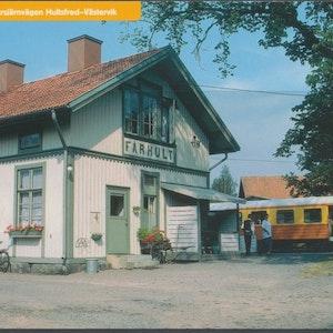 Fårhult järnvägsstation med rälsbuss