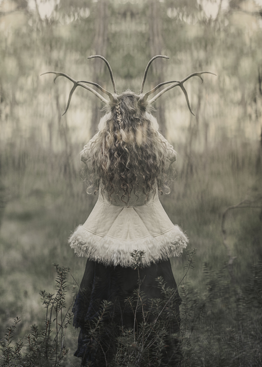 "Card ""The Hourned Goddess"""