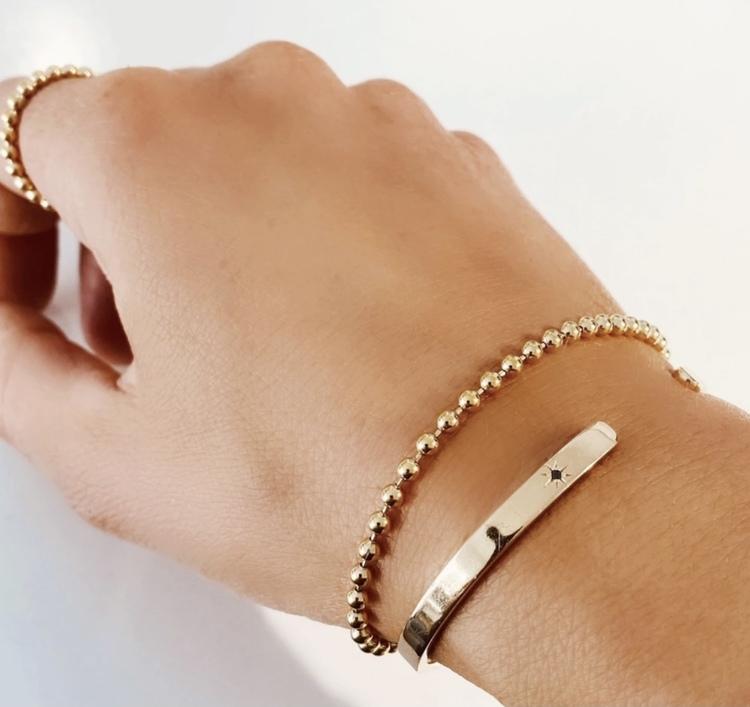 Globe Bracelet Gold