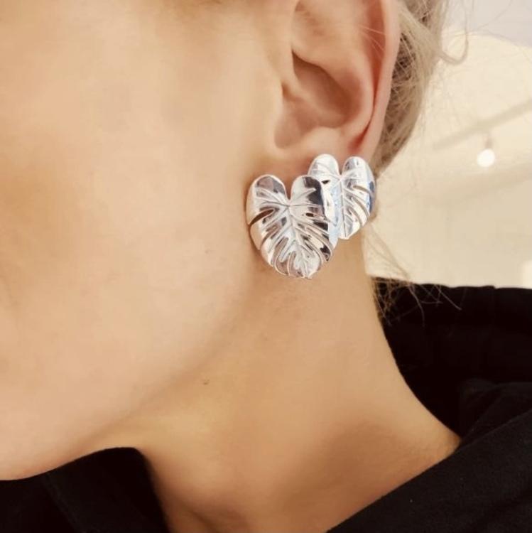 Palm Leaf Earrings Gold