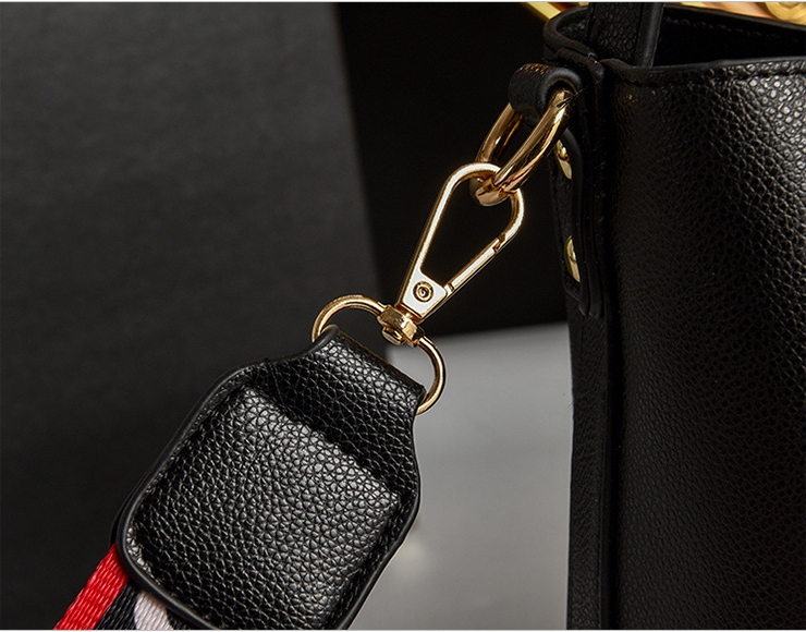 Milton Stilton crossbody bag