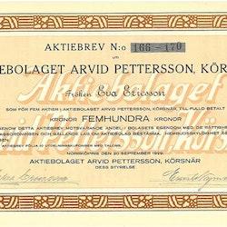 Arvid Pettersson, Körsnär