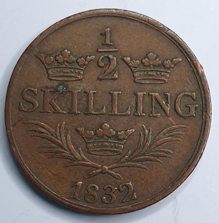 *Karl XIV Johan 1/2 Skilling 1832