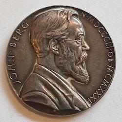 Berg, John Wilhelm, 1946