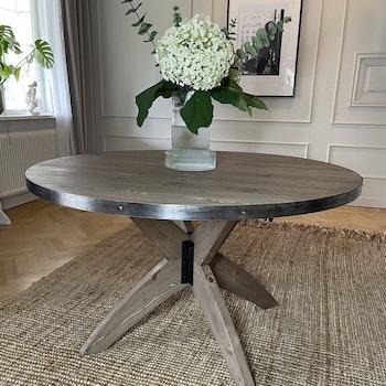Matbord med iläggsskivor - Himmelfjäll