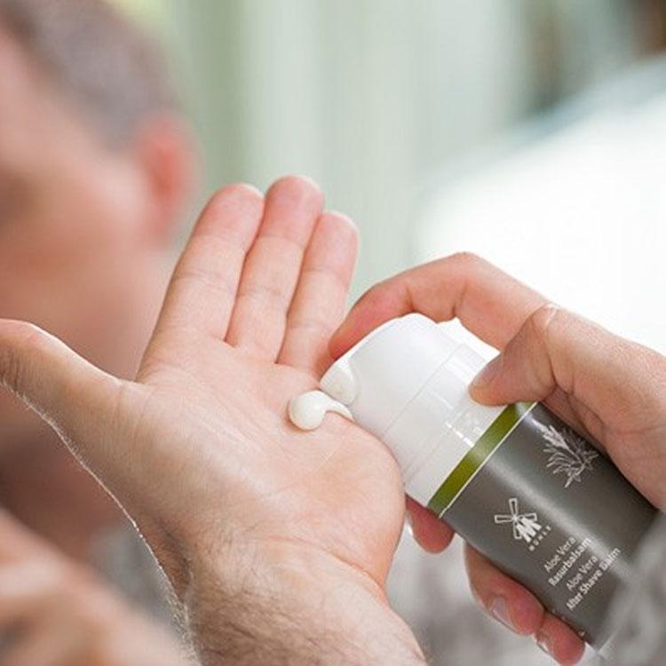 Mühle After Shave Balm Aloe Vera, rakbalm med lugnande Aloe vera som ger näring och vårdar din hud efter rakning.