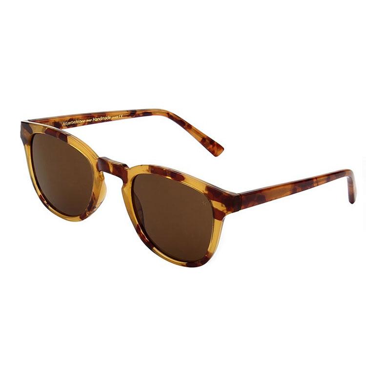 A.Kjaerbede Solglasögon Bate Demi Light Brown Tortoise