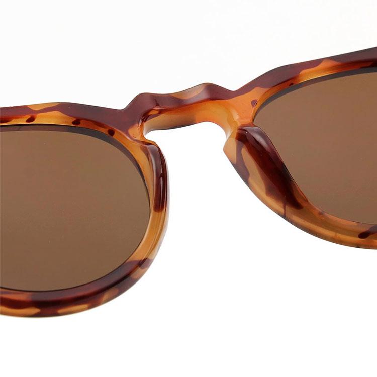 A.Kjærbede Solglasögon George Light Demi Brown