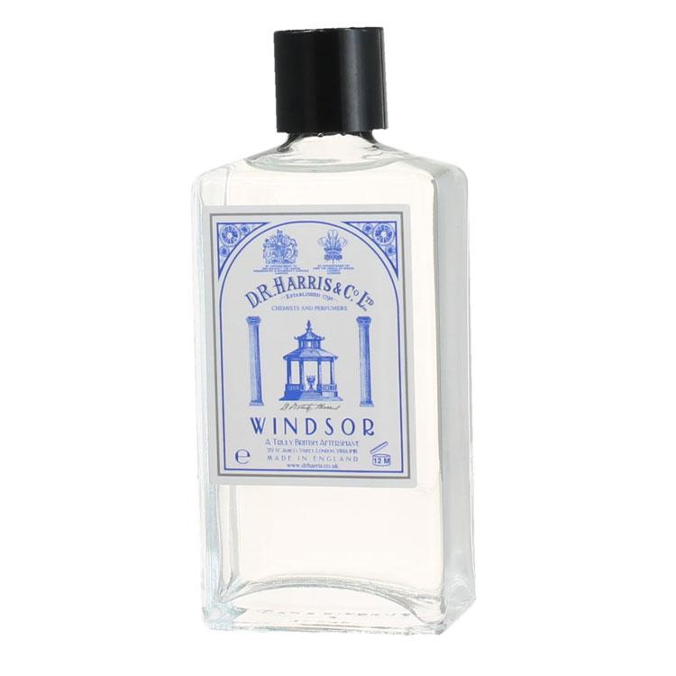 D.R. Harris Windsor Aftershave, Klassiskt rakvatten med alkohol som klappas in på huden efter rakning.