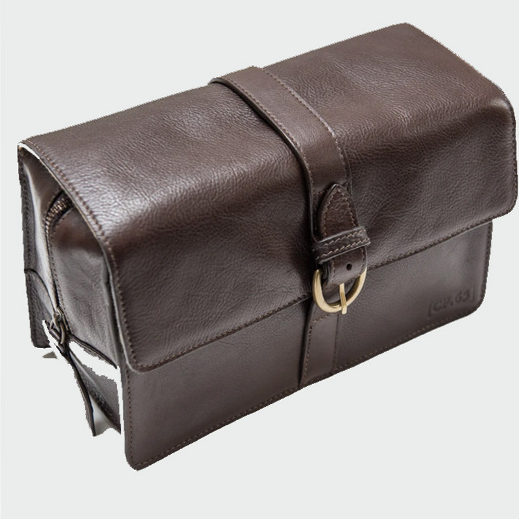 Captain Fawcett Leather Washbag
