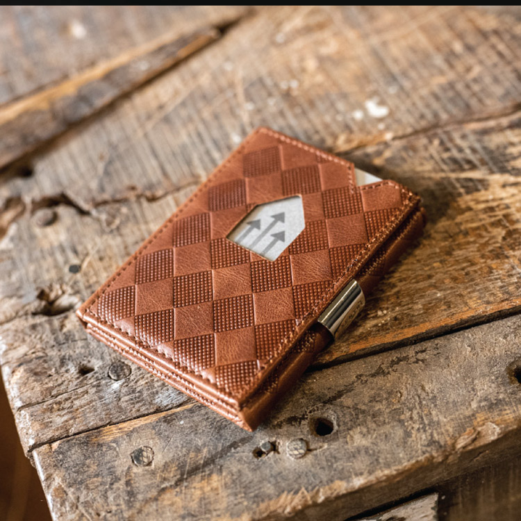 Exentri Wallet Hazelnut Chess