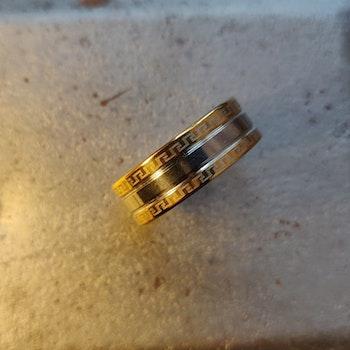 Ring - rostfritt stål, storlek 20