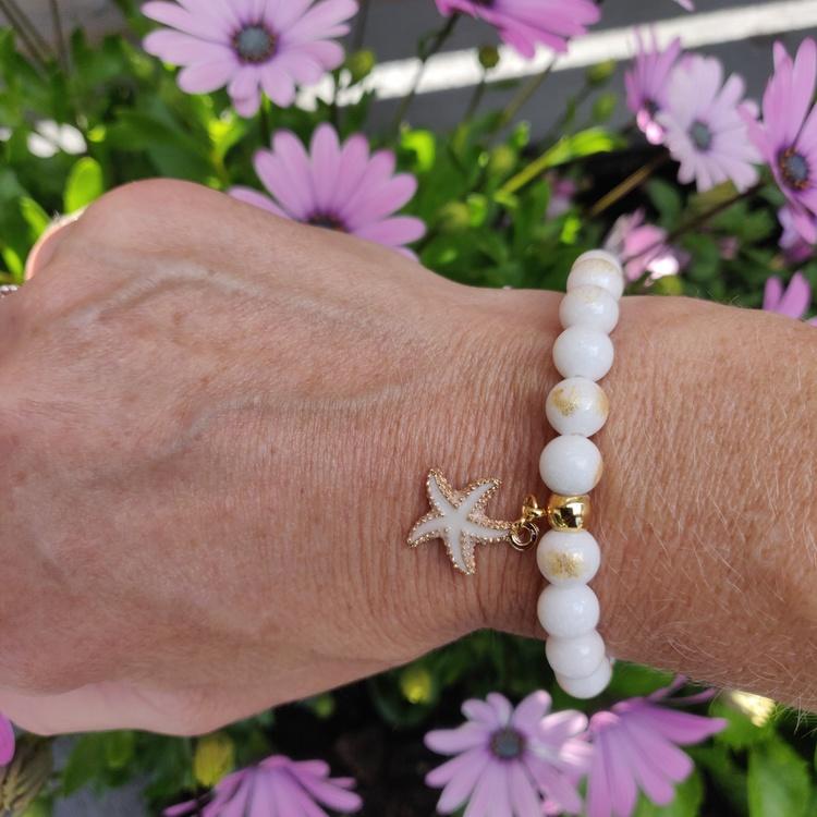 Armband - cremevita stenpärlor
