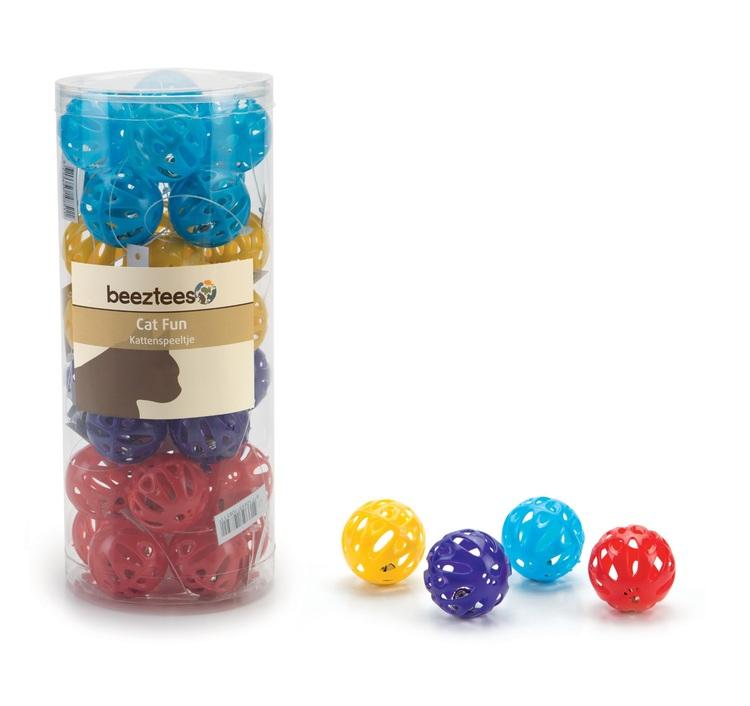 Plastboll med bjällra, 32 st. (7,78 kr/boll)