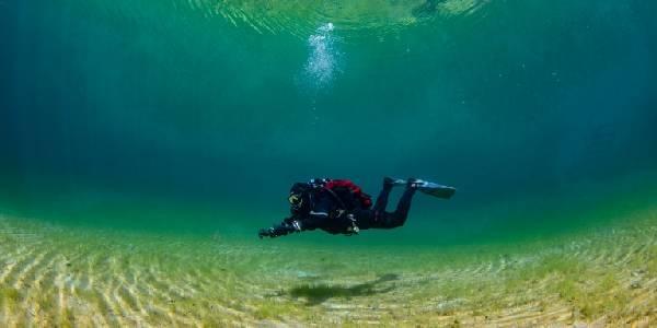 Viktlöshetens dykning