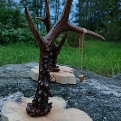 Smycketräd av rådjurshorn