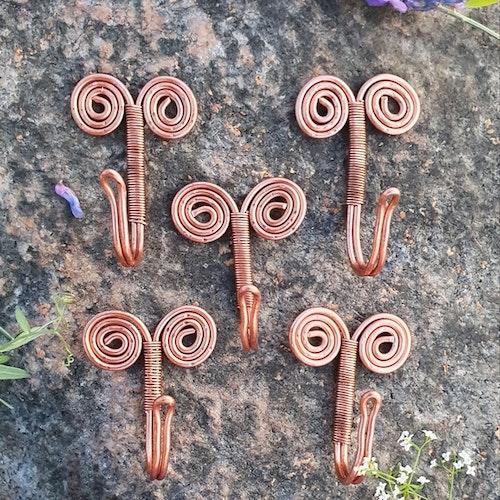 Handgjord trådkrok -koppar