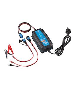 Victron Energy - Blue Smart IP65 batteriladdare 24V/8A BT Lithium och blybatterier