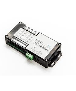 SIMARINE S003 - SCQ25 Quadro shunt 4x 25A. Mäter ström/spänning från 4 st separata strömförbrukare, för PICO display