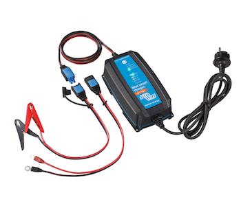 Victron Energy BPC122531064 - Blue Smart IP65 batteriladdare, 12V/25A Bluetooth, 7-stegs laddning, för Lithium och blybatterier