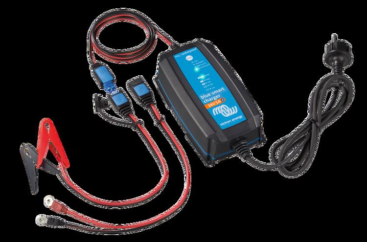 Victron Energy BPC240531064R - Blue Smart IP65 batteriladdare 24/5, Bluetooth, 7-stegs laddning, för Lithium och blybatterier