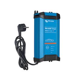 Victron Energy BPC241647002 - Blue Smart IP22 batteriladdare. 24V/16A, 1 utgång. Bluetooth. 7-stegs laddning. För Lithium och blybatterier