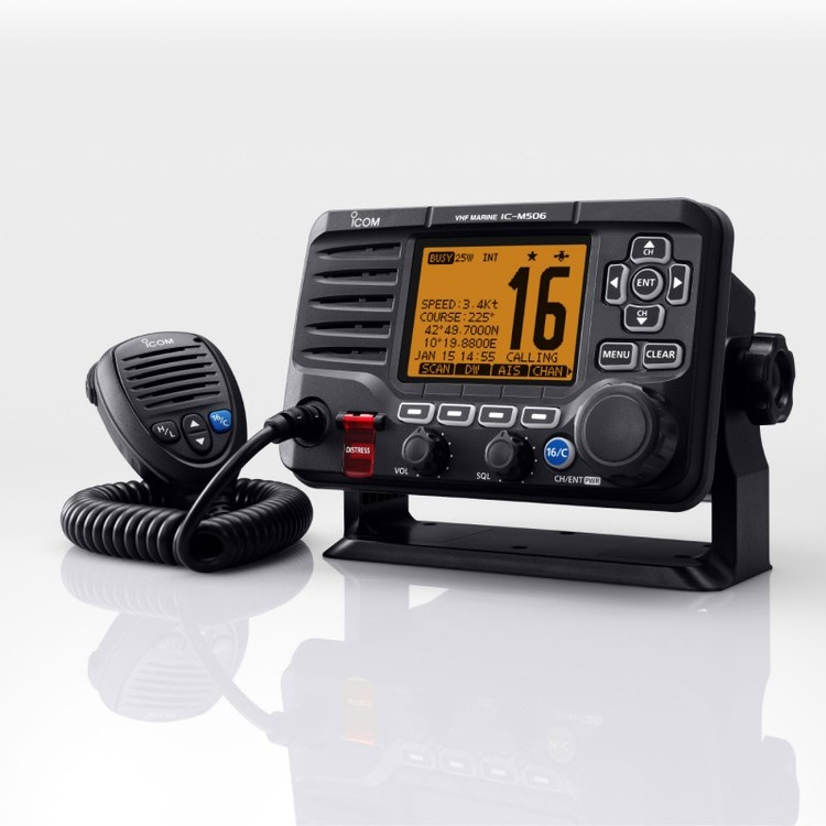Icom 81505 - IC-M506GE Fast Marinradio med DSC klass-D, NMEA2000 och AIS