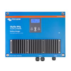 Victron Energy - Skylla-IP65 12V/70A 3 utgångar 120-240V