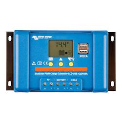 Victron Energy - BlueSolar PWM LCD&USB 12/24V-5A