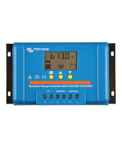 Victron Energy - BlueSolar PWM LCD&USB 12/24V-30A