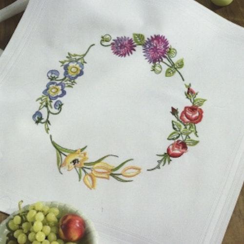 Blommig sommarduk - utan garn