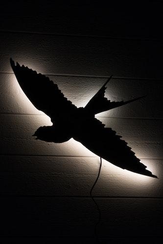 Vägglampa Svala