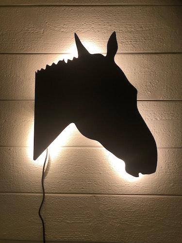 Vägglampa Häst huvud