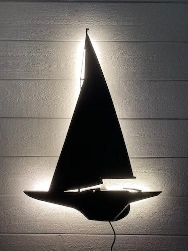 Vägglampa Segelbåt Drake