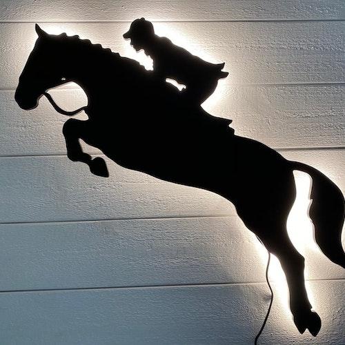 Vägglampa Häst hopptävling