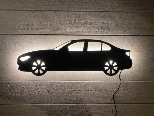 Vägglampa Bil BMW 320 d sedan M sport performance