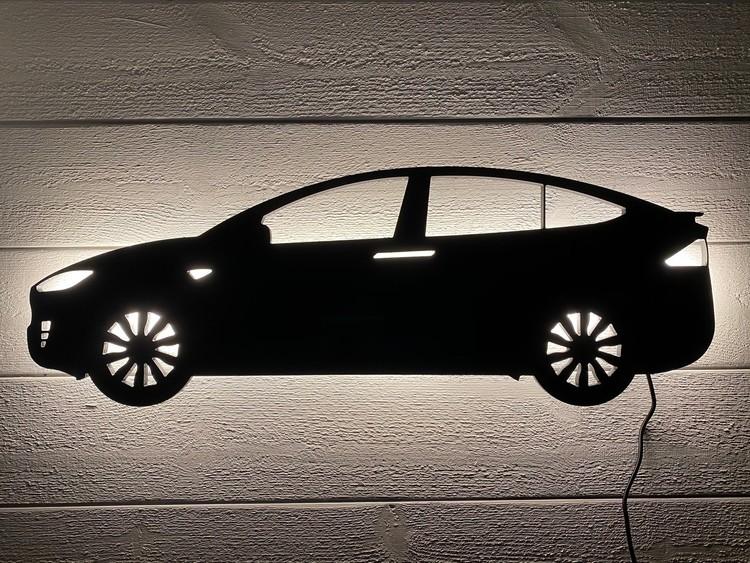 Kopia Vägglampa Bil TESLA modell X