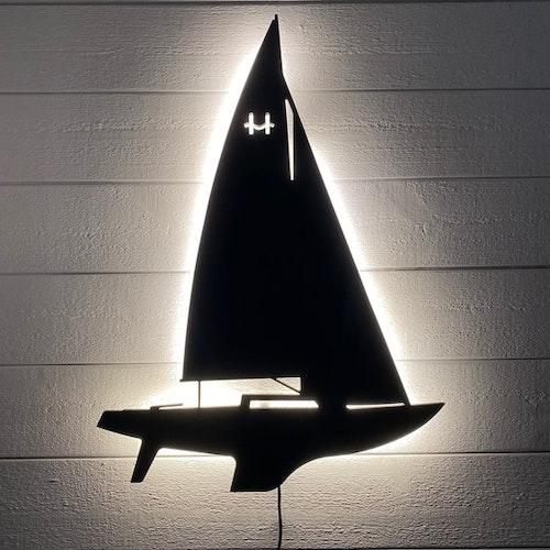 Vägglampa Segelbåt H-båt