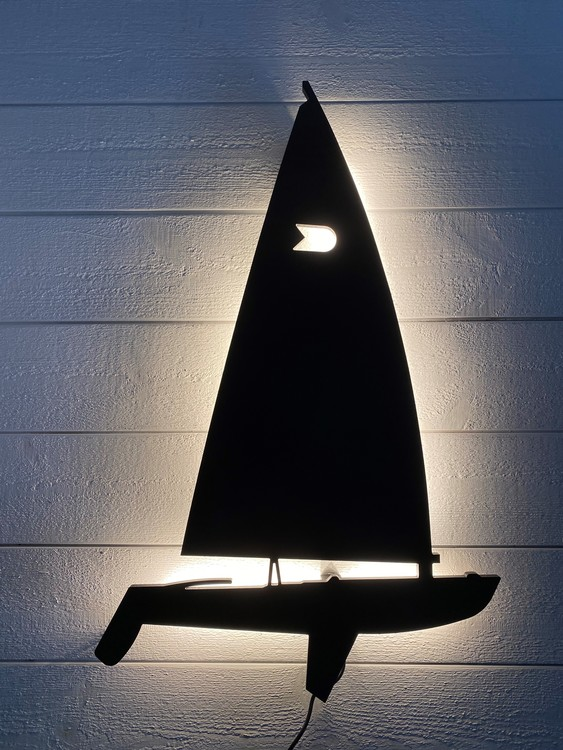 Vägglampa Segelbåt OK Jolle