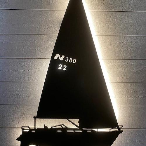 Vägglampa Segelbåt NAJAD 380