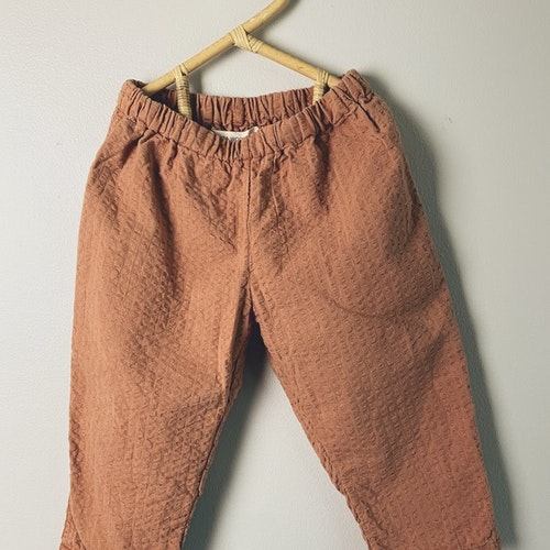 Searsucker Trouser - size 86/92 - Dk wooden blush